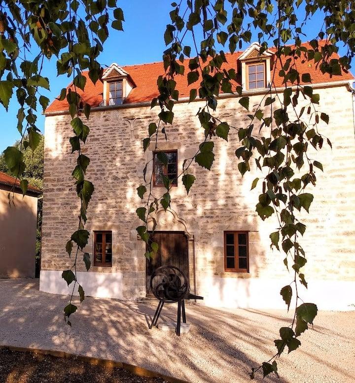 Moulin Saint Jacques : chambre d'hôtes l'Armançon