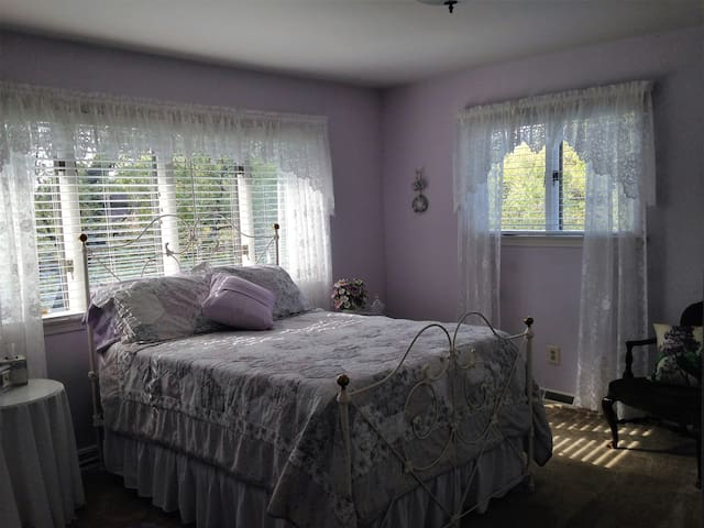 Purple room at The Moran Inn