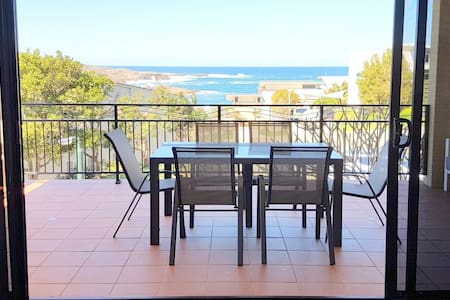 The Mainsail - Ocean views retreat, Port Stephens - Boat Harbour