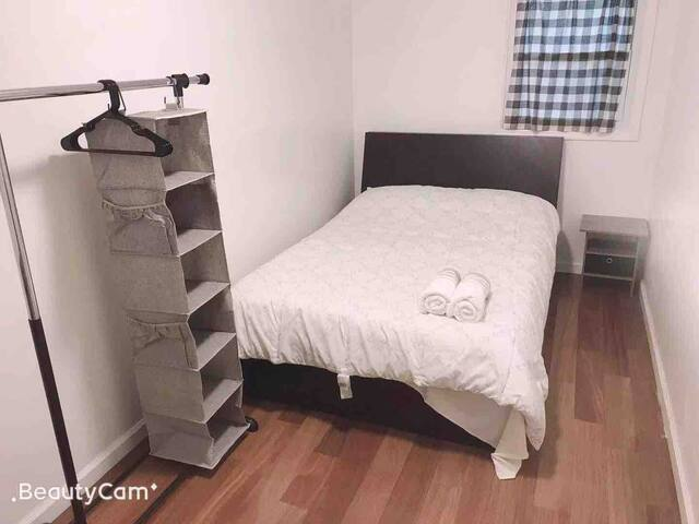 Lovely room with full size bed(suit3)