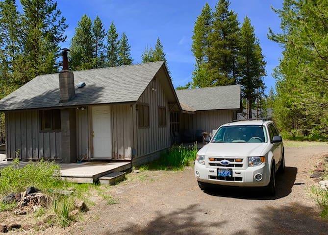 La Pine Cozy Cabin (HUNTERS WELCOME!!!)