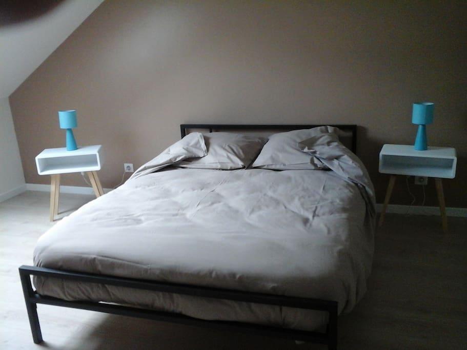 lit en 140 chambre à l'étage