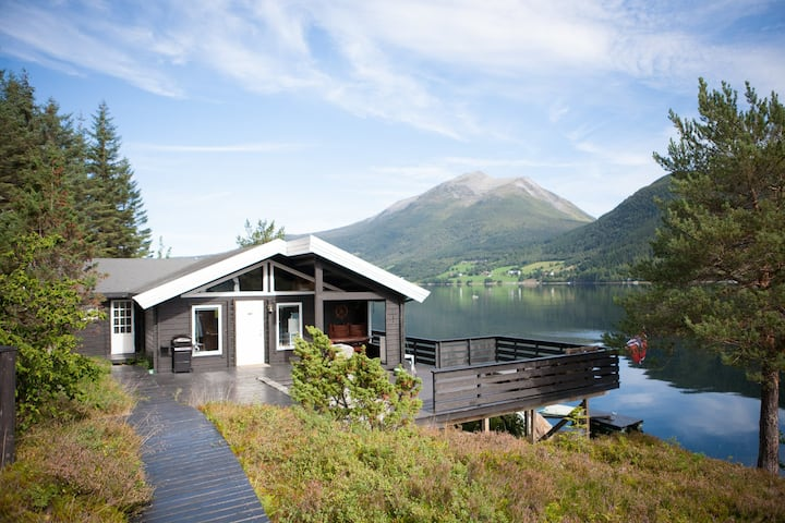 Lovely cabin in Romsdalen close to Åndalsnes