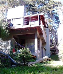 Casa diseño 4 desniveles al bosque - Mar Azul - Casa