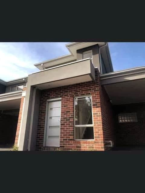 Pascoe Vale Home with a View