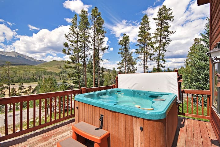 Relax after a long day exploring Breck in the private hot tub.