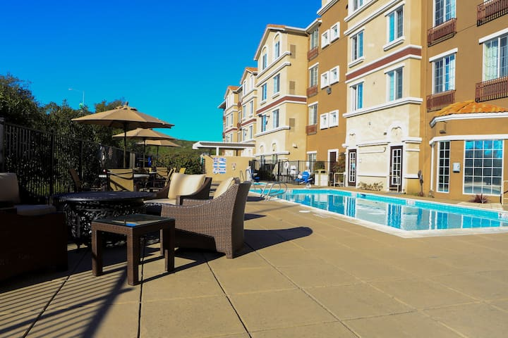 Suite near Downtown San Jose with Free Breakfast | Outdoor Pool + FREE Shuttle
