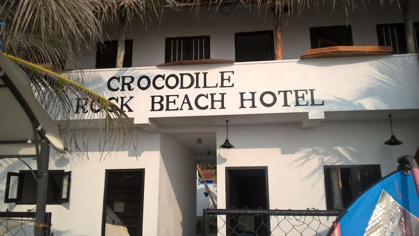 c. rock beach - Dodanduwa - Bed & Breakfast