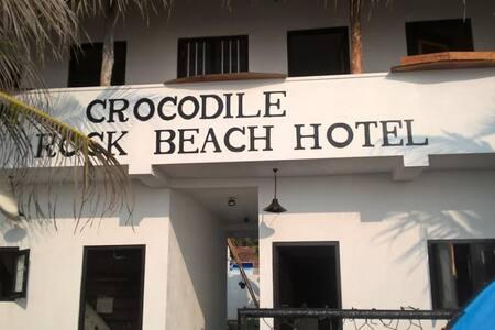 c. rock beach - Dodanduwa - Bed & Breakfast