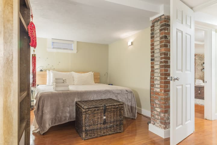 Private Entrance * King Beds! * Kid Friendly