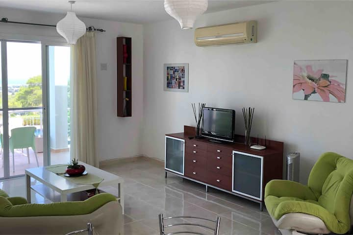 Luxury 2 bed holiday apartment