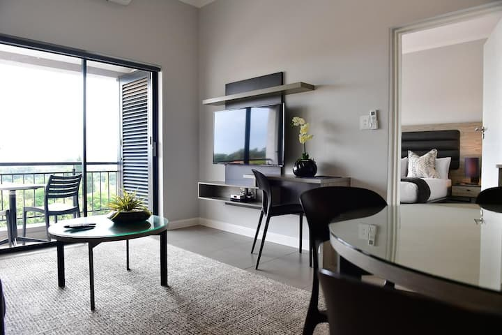 Exceptional Luxury service Apartment in Sandton