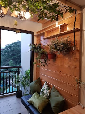 Lush and relaxing loft. A real Baguio feels space.