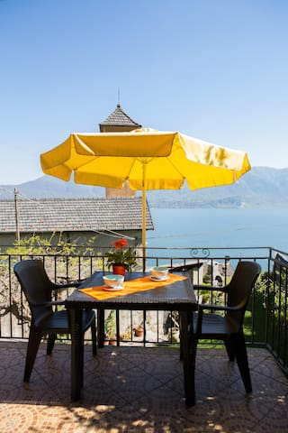 APARTMENT LE CAMELIE ON LAKE MAGGIORE - Gonte - Apartment