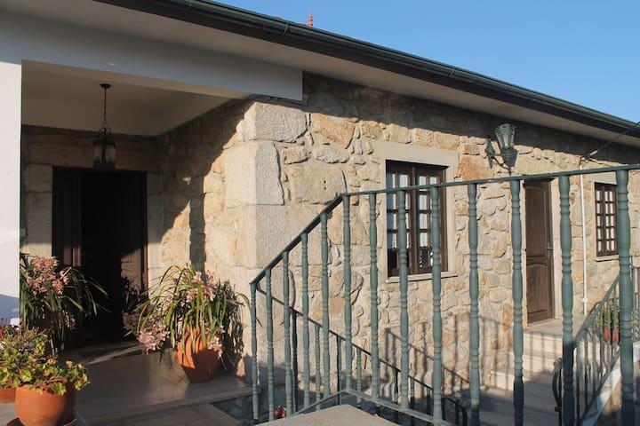 Rustic house - Aldreu - House