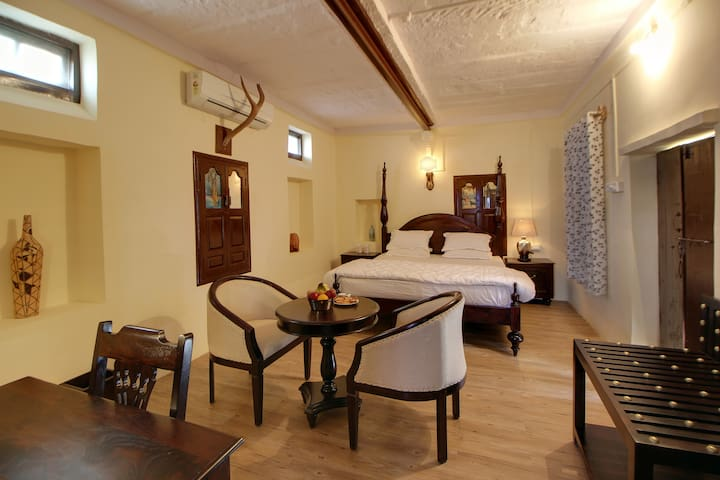 Heritage Suite Room near Jawai Bandh