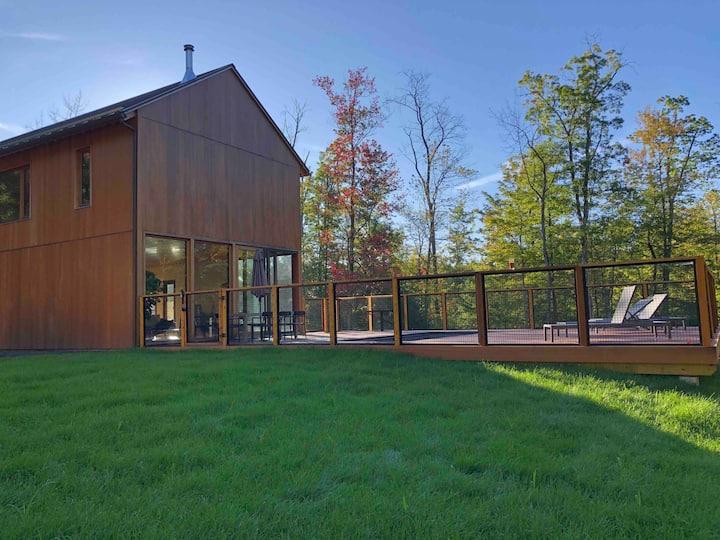 Modern, Architecturally designed Catskills barn