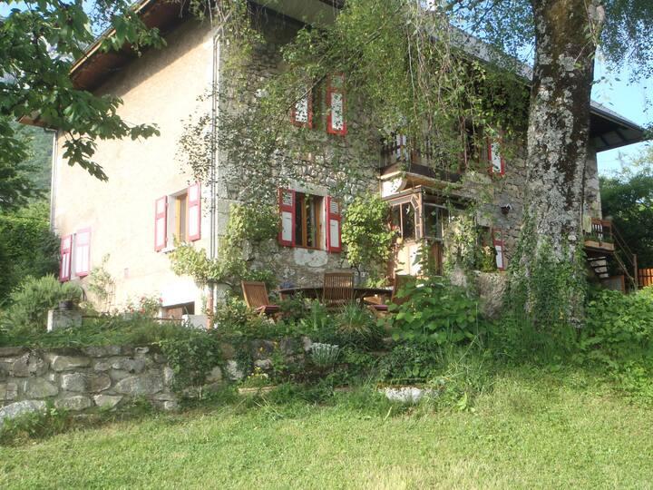 Maison ancienne dans les Bauges, Savoie, 80 m2