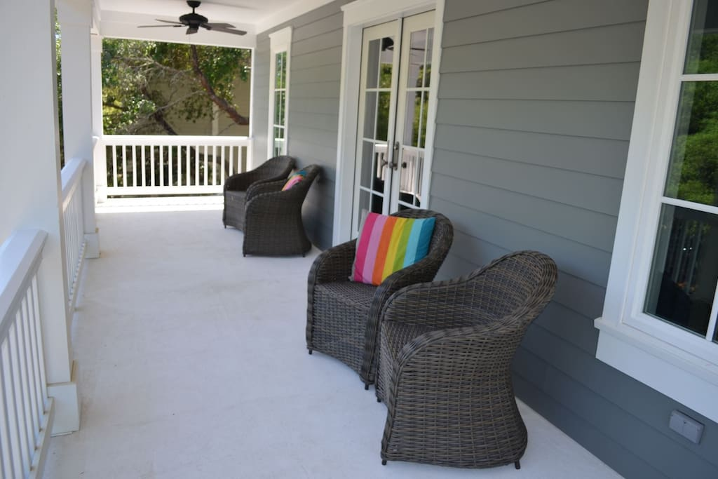 Entry Porch at 5 Sand Dollar