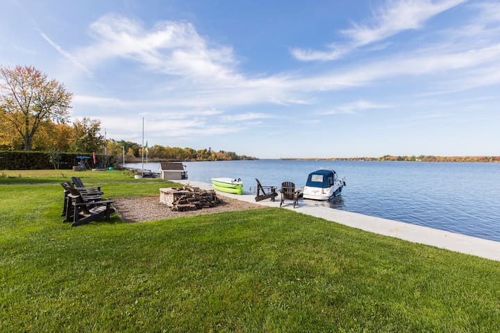 Shoreline with docking accommodations ($), water and hydro available.