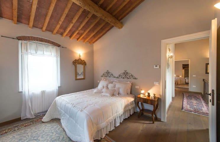 Villa mulino di bacchereto - Carmignano - วิลล่า