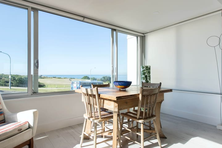 Best beachside location in Clovelly with Parking!