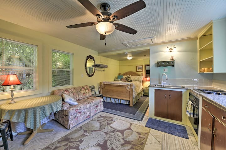 NEW! Smith River Studio w/Patio & Beach Access