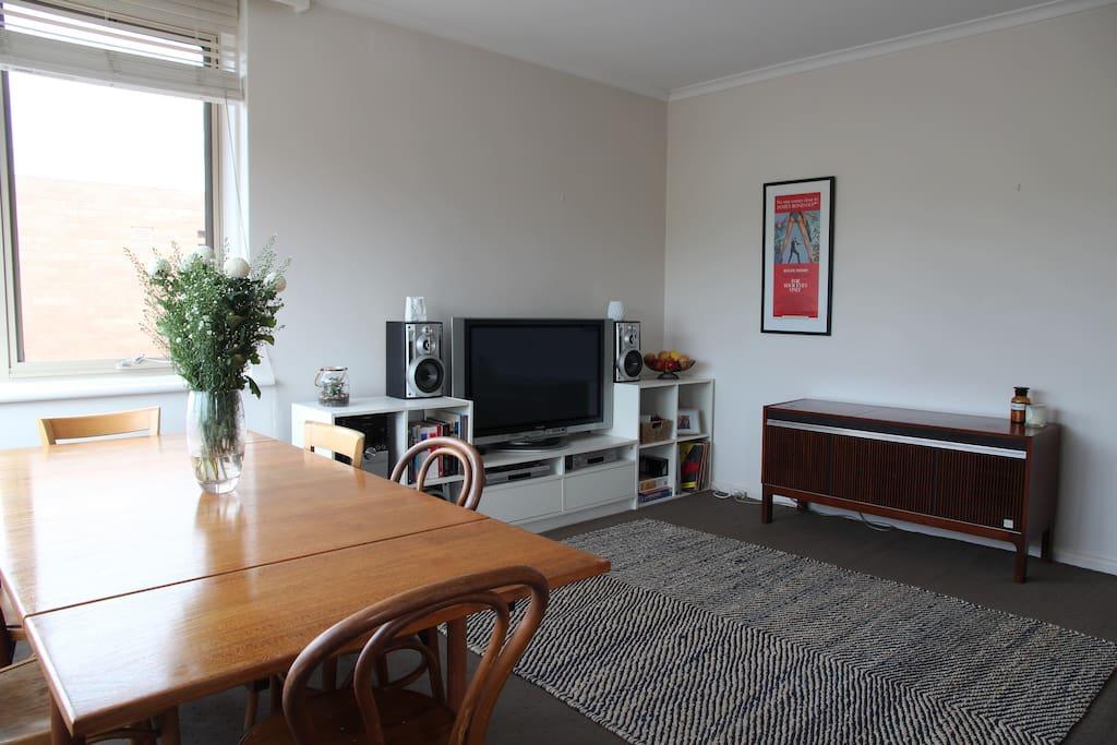 Living Room & Radiogram