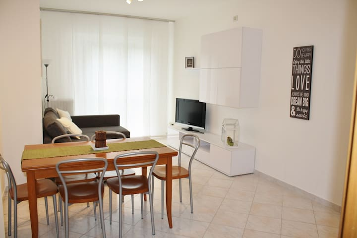 Quarter Forlanini, 3 rooms in Green Area - Milano - Flat
