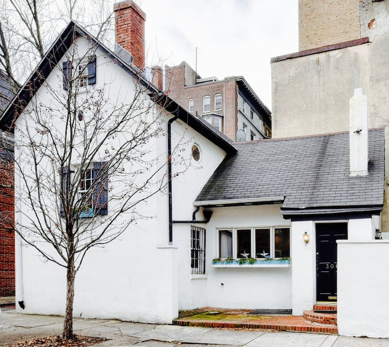 Historic Stand-Alone House in the Middle of Center City.