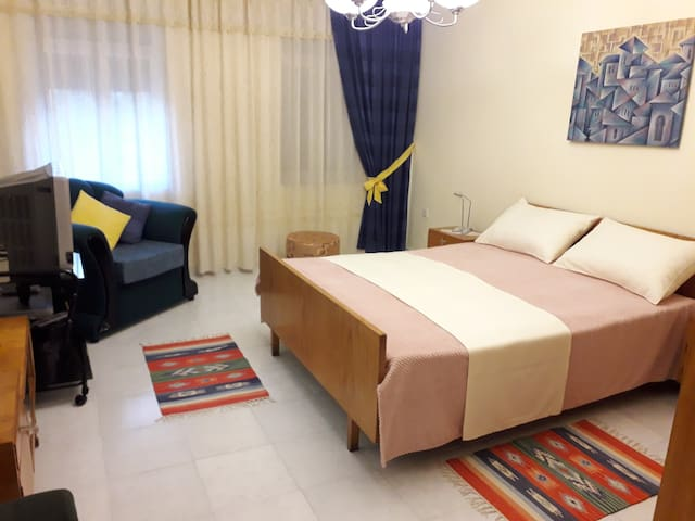 Guest House Qendro Double Room