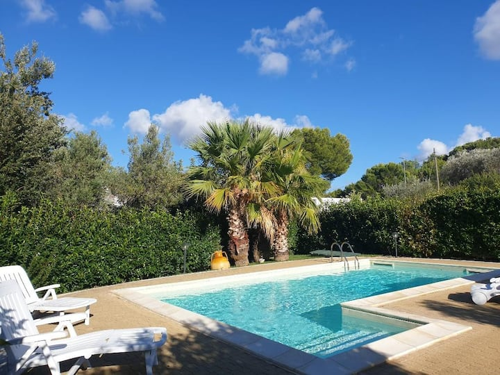 Villa Arisa con piscina