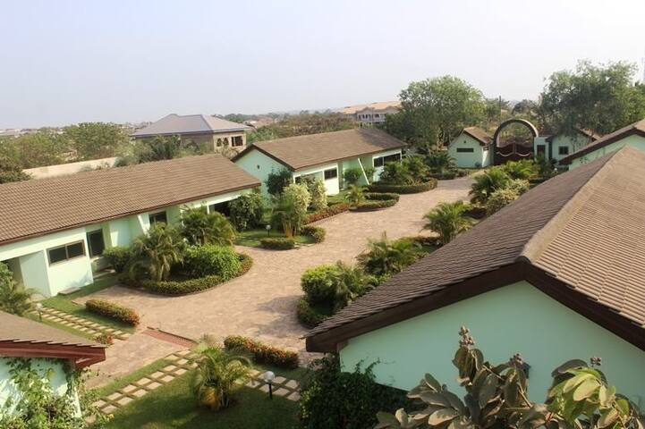 Furnished Apartment in Ghana (2) - Accra - Chalet