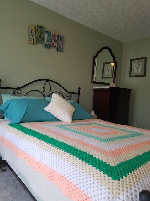 Enjoy a large, quiet, cozy, private bedroom with a door that locks.  Key provided upon check in.