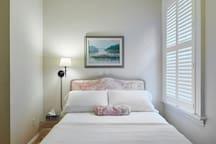 Brethour suite bedroom detail