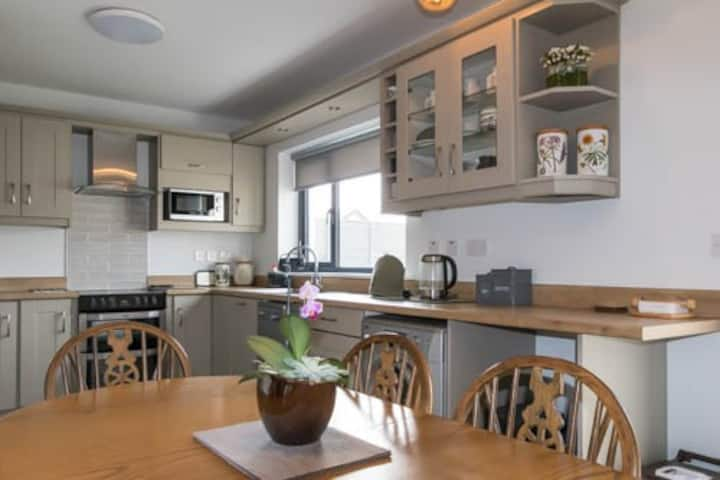 Relaxing Holiday Home in Strandhill with free WiFi