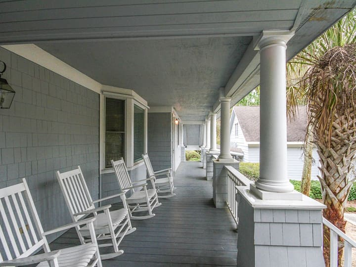 Charming dog-friendly home w/ wooded views, multiple porches, & free WiFi