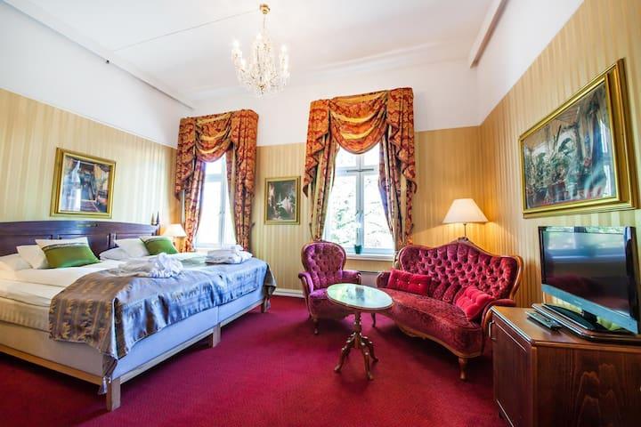 Koselig Hotellrom - Sentralt i Halden