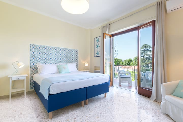 Bedroom 2 - King Bed or 2 Twin Beds, TV, AC, Wi-Fi, Storage, Balcony with Furniture