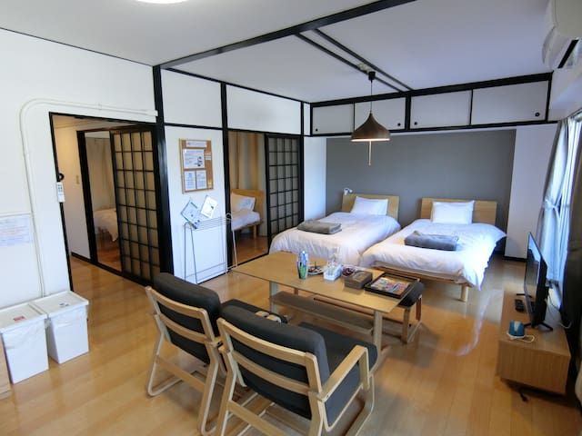 102  48sqm   2Bedroom+Kitchen   Free WiFi/Parking