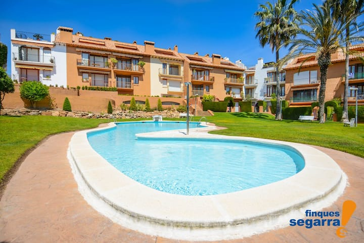 FINQUES SEGARRA - Apartment with communal pool 200m from the beach