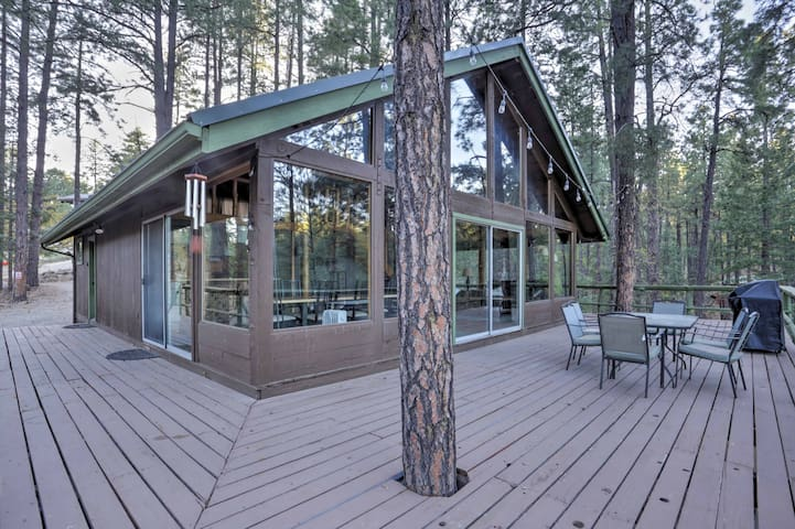 NEW! Rustic 3BR Prescott Cabin w/1,000 sq ft Deck