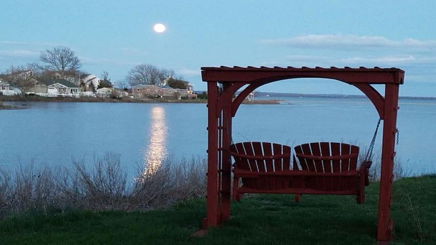 Beautiful Vistas of Narragansett Bay