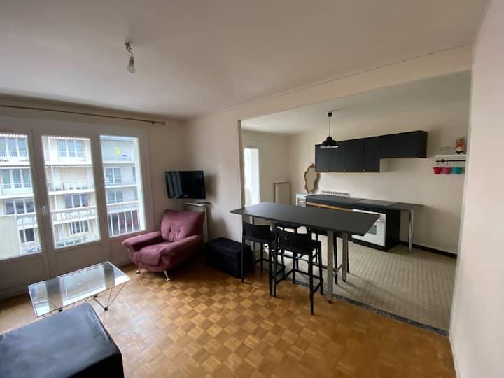 Appartement F2 avec balcon centre ville