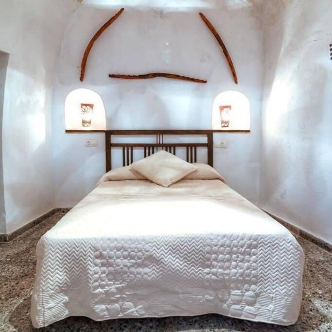 Cueva el murall n benamaurel granada 15 per noche - M a interiorismo cb granada ...