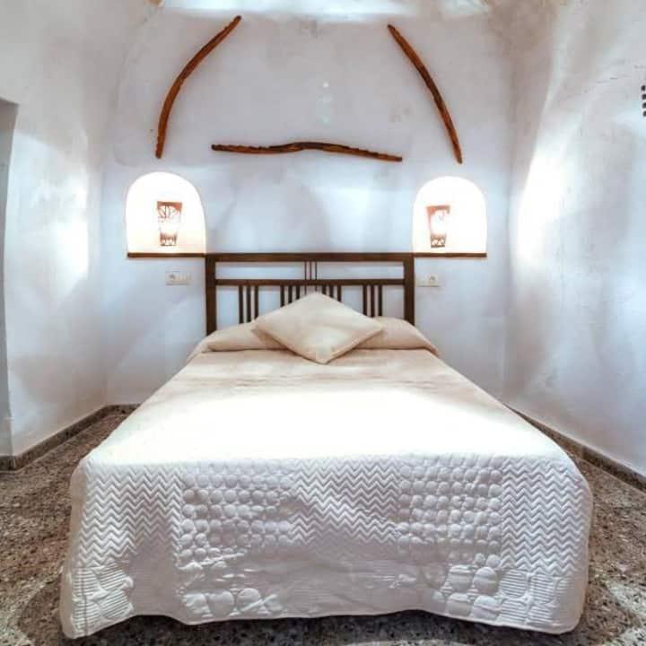 Cueva El Murallón Benamaurel Granada 15€/Per/Noche