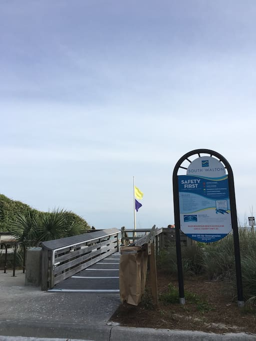 Beach Access on Highway 83 S in Blue Mountain Beach