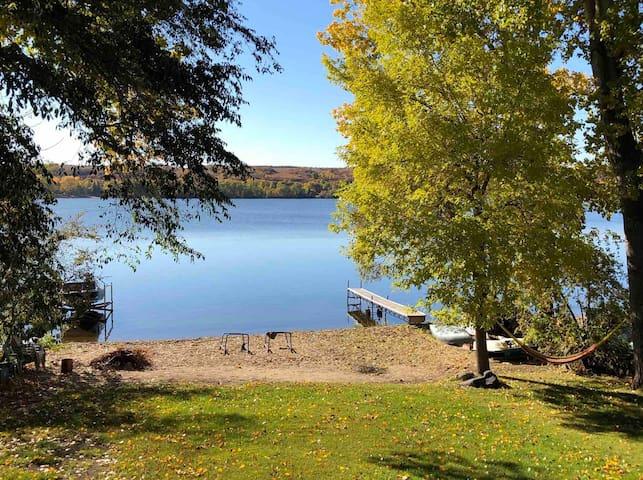 Blackstrap Lake Cozy Getaway