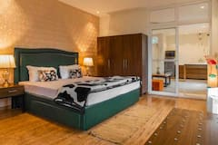 Sunrise+view+apartment%2Fone+bedroom+balcony+kitchen