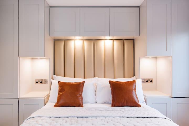Top Floor Luxury Loft Suite in Clerkenwell